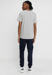 Makia - BEACON  - T-Shirt print - grey - 2