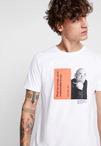 Makia - CHARACTER - T-shirts print - white - 3