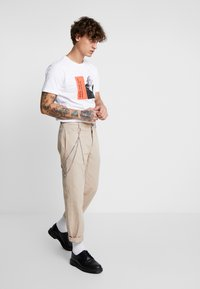 Makia - CHARACTER - T-shirts print - white - 1