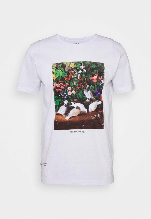 PIGEONS - T-shirt z nadrukiem - white