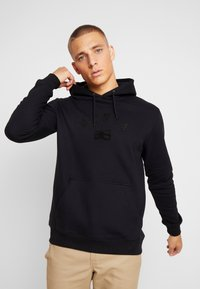 Makia - BRAND HOODED - Jersey con capucha - black - 0