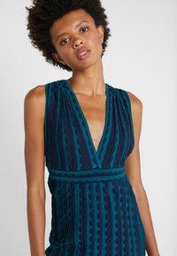 M Missoni - ABITO SENZA MANICHE - Pletené šaty - multi-coloured - 4
