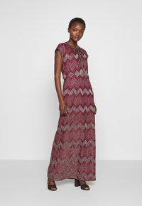M Missoni - LONG DRESS - Denní šaty - red - 0