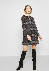 M Missoni - DRESS - Vestito elegante - black - 1