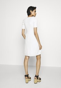 M Missoni - DRESS - Strickkleid - white - 2
