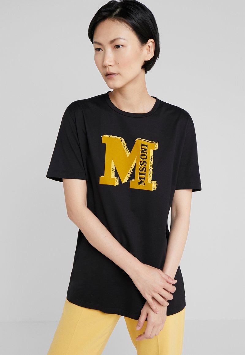 M Missoni - TEE - T-Shirt print - black/yellow