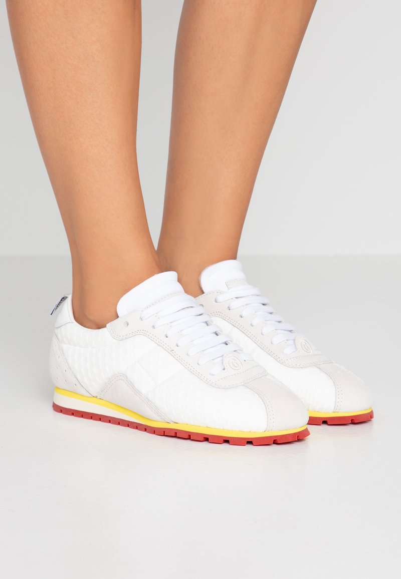 MM6 Maison Margiela - Trainers - white