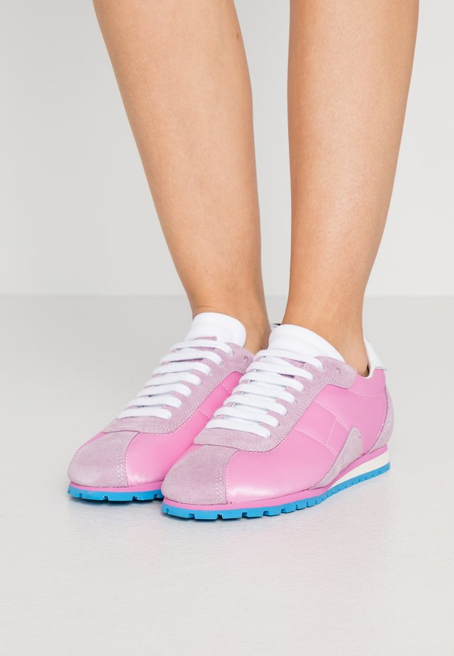 Sneakers - cashmere rose/orchid haze