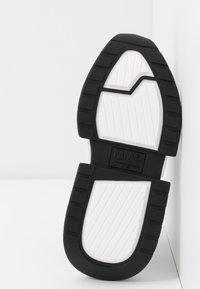 MM6 Maison Margiela - Nazouvací boty - black - 6