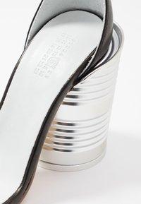 MM6 Maison Margiela - Sandály na vysokém podpatku - black - 2