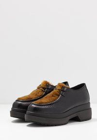 MM6 Maison Margiela - Lace-ups - black/golden yellow