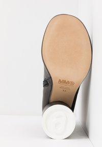 MM6 Maison Margiela - High heeled ankle boots - black - 6