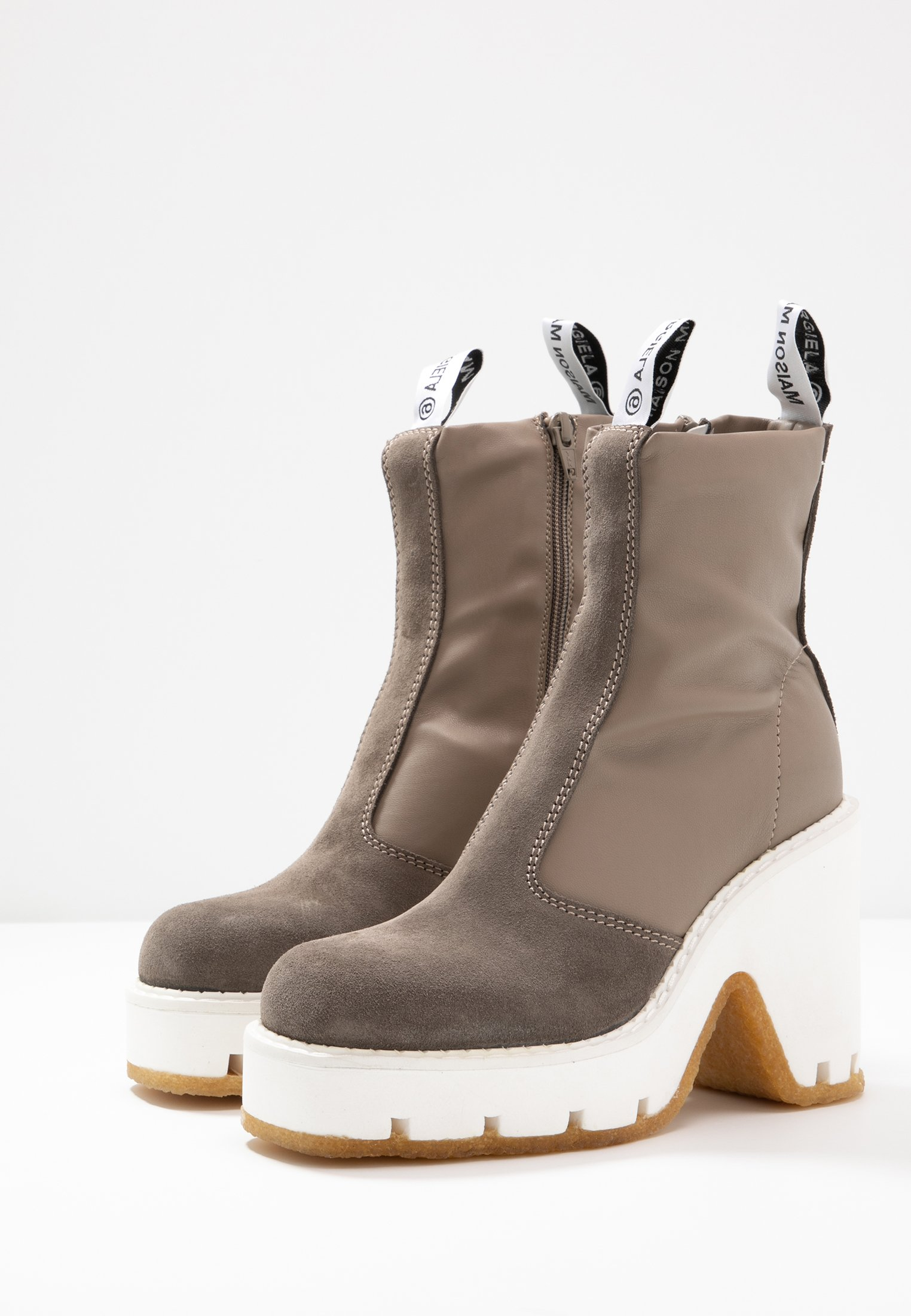 MM6 Maison Margiela Bottines à talons hauts dark olive/otter