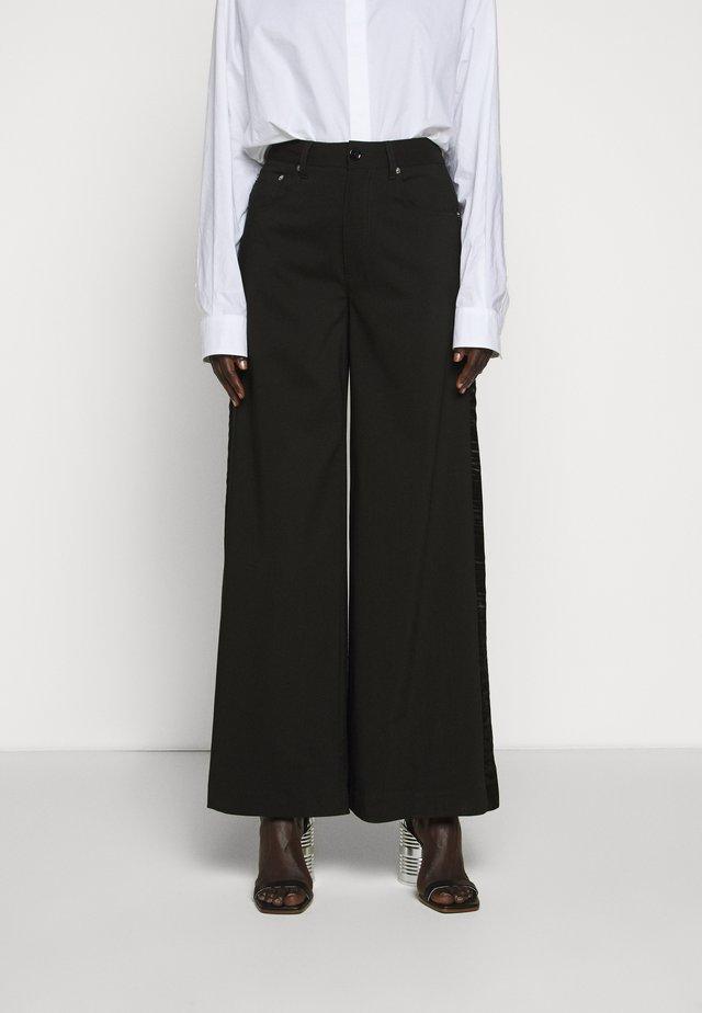 TUXEDO TROUSER - Kalhoty - black