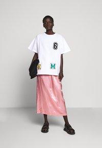 MM6 Maison Margiela - MIDI SKIRTS - Áčková sukně - pink - 1