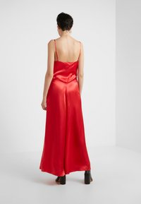MM6 Maison Margiela - Maxi šaty - red - 2