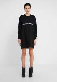 MM6 Maison Margiela - Jersey dress - black - 0