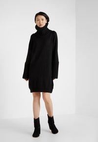 MM6 Maison Margiela - Jumper dress - black - 1
