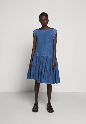DRESS - Denimové šaty -  Stone blue