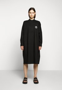 MM6 Maison Margiela - PARACHUTE POPLIN DRESS - Blusenkleid - black - 0