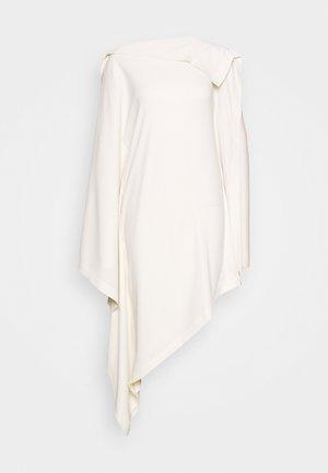 GOING OUT - Denní šaty - white