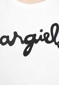 MM6 Maison Margiela - MARGIELA TEE - T-shirt print - white - 5