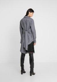 MM6 Maison Margiela - Button-down blouse - black/white - 2