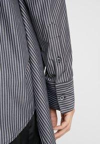 MM6 Maison Margiela - Button-down blouse - black/white - 5