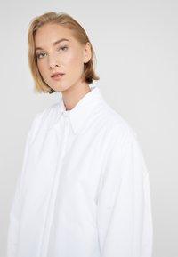 MM6 Maison Margiela - Light jacket - white - 3