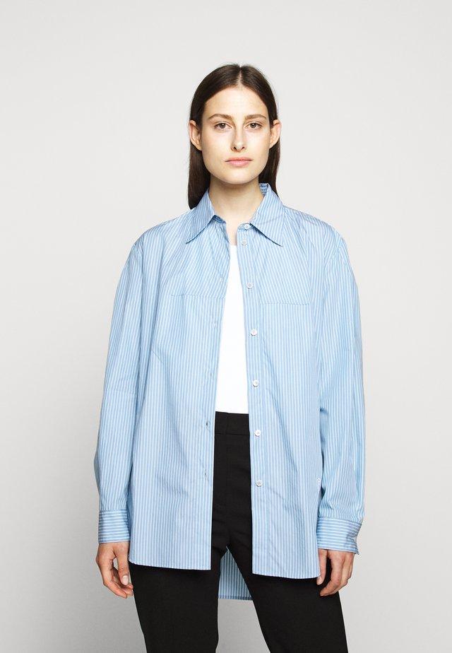 CLASSIC STRIPE - Skjorte - ice blue