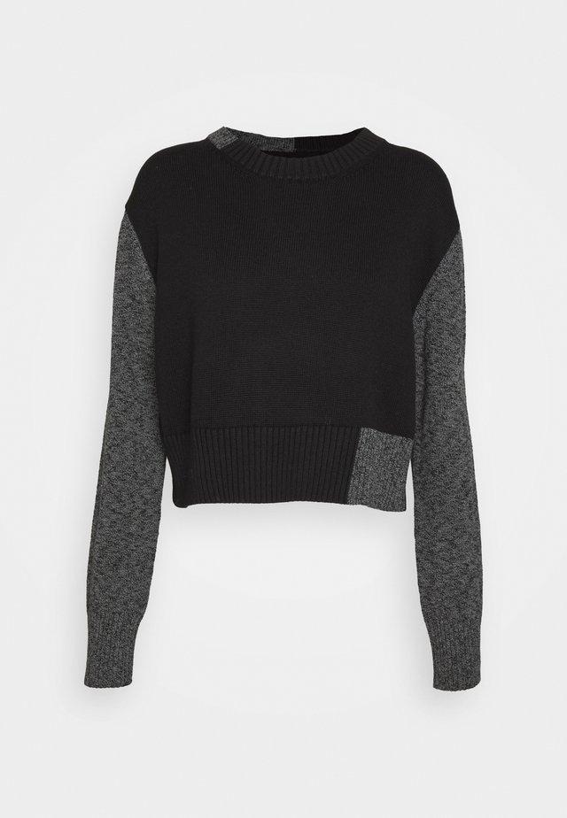 Stickad tröja - black/grey
