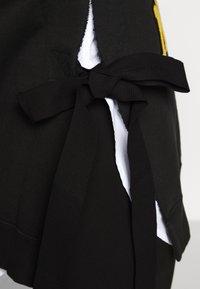 MM6 Maison Margiela - PATCHES - Sweater - black - 4