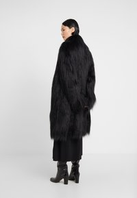 MM6 Maison Margiela - Winter coat - black - 2