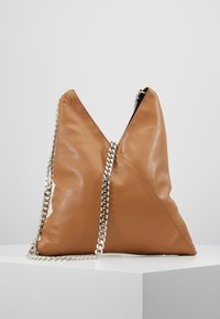MM6 Maison Margiela - BORSA TRACOLLA - Schoudertas - brown sugar - 0