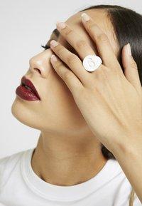 MM6 Maison Margiela - Ring - white - 1
