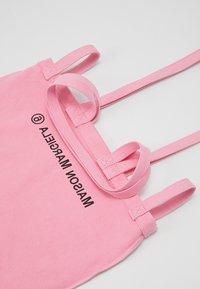 MM6 Maison Margiela - Velká kabelka - pink - 5