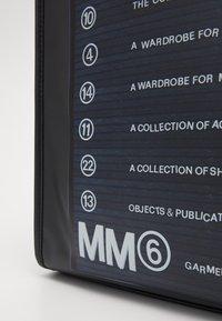 MM6 Maison Margiela - Shopping bag - black - 5