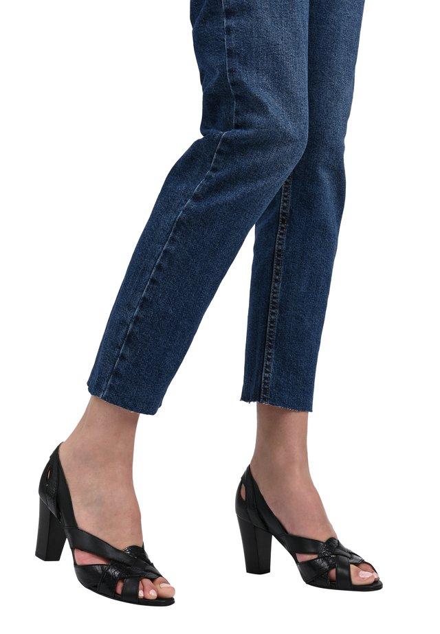 CLEMENTINE - Peep toes - black