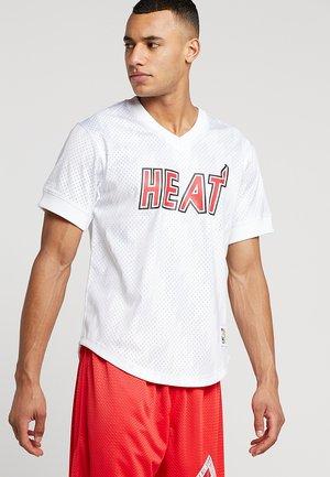 NBA MIAMI HEAT WORDMARK V NECK - Club wear - white
