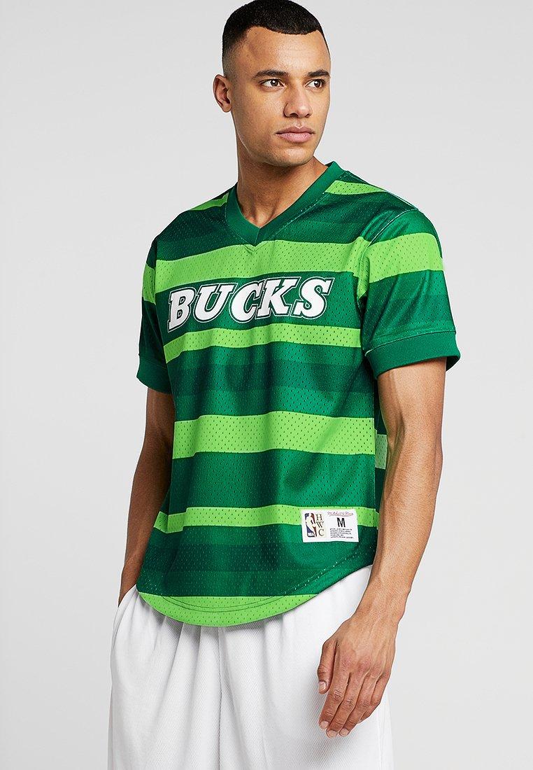 Mitchell & Ness - NBA MILWAUKEE BUCKS WORDMARK - Club wear - green