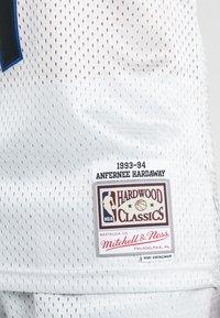 Mitchell & Ness - NBA ORLANDO MAGIC PLATINUM SWINGMAN - Squadra - silver - 5