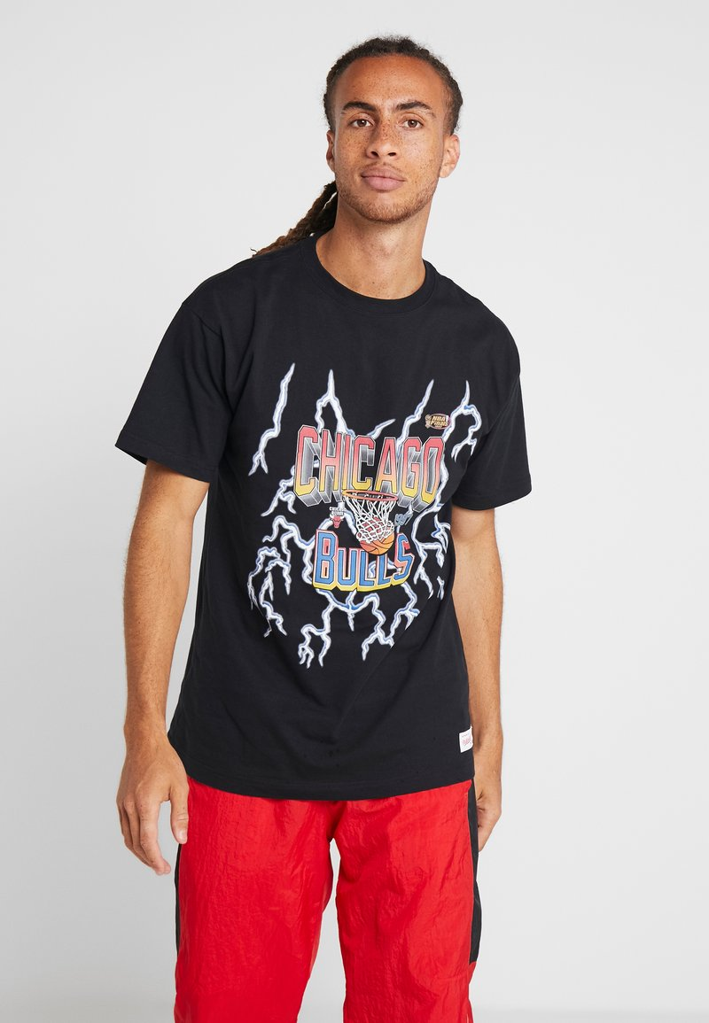 Mitchell & Ness - CHICAGO BULLS NBA LIGHTNING TEE - Club wear - black