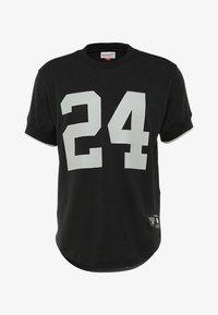 Mitchell & Ness - LOS ANGELES RAIDERS CHARLES WOODSON - T-shirt imprimé - black - 5