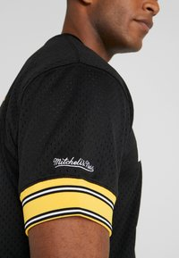 Mitchell & Ness - CREW NECK STEELERS BETTIS - T-shirt imprimé - black - 5
