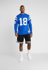 Mitchell & Ness - NFL NAME NUMBER LONG SLEEVE INDIANAPOLIS COLTS PAYTON - Langarmshirt - blue - 1