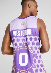 Mitchell & Ness - NBA AUTHENTIC ROOKIE GAME RUSSELL WESTBROOK 2009 #0 - Top - purple - 3