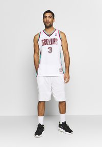 Mitchell & Ness - NBA VANCOUVER GRIZZLIES BRYANT REEVES NBA SWINGMAN - Fanartikel - white - 1