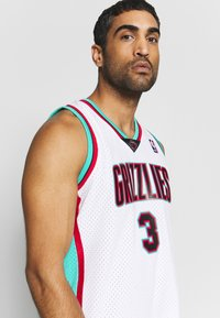 Mitchell & Ness - NBA VANCOUVER GRIZZLIES BRYANT REEVES NBA SWINGMAN - Fanartikel - white - 5