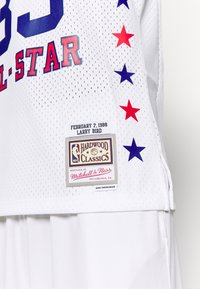 Mitchell & Ness - NBA ALL STAR EAST SWINGMAN JERSEY LARRY BIRD - Fanartikel - white - 5