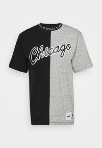 Mitchell & Ness - NBA CHICAGO BULLS NBA SPLIT COLOR - Klubové oblečení - black/grey - 4